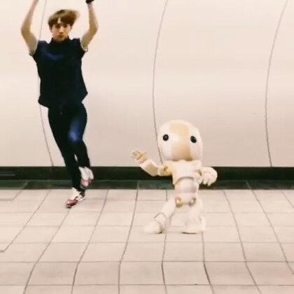 舞痴本BATTLE~完全敗給3D機器人...