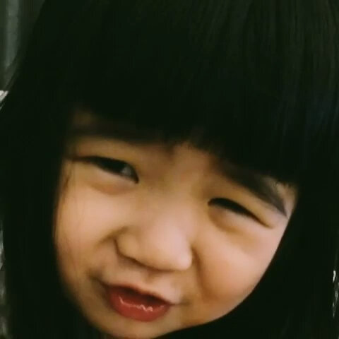 【曹小格美拍】姐姐:拜託拜託。。。。
