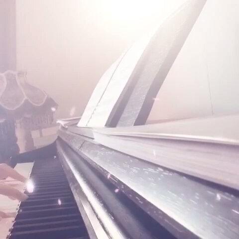 【沐``美拍】#钢琴曲##童话图片