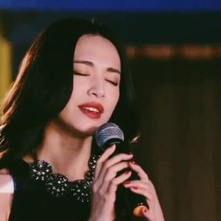 """我不是#情歌王#,我是""""跑调王""""😜 #离婚律师#大姚来袭"""