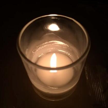 谁还记得实像和虚像的区别?为什么蜡烛和自己的像反着来?-呼延彬