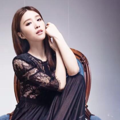 来,玩点新鲜的〜照片做成的MV「black swan」,喜欢伐?😘
