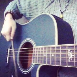 听说现在流行用筷子弹吉他😱😱#60秒短视频##60秒内测版##自拍##随手拍##10秒吉他弹唱##正在练习吉他##吉他##10秒吉他#