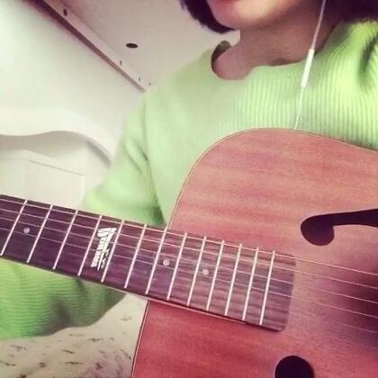 #吉他弹唱#【歌名:some】这首歌逛商场的时候听到觉得好好听就是一直不知道叫什么名字.然后你们居然这么合拍的推荐了给我么么哒😊#音乐#