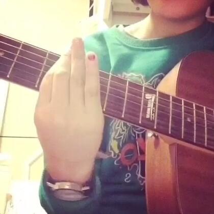 #吉他弹唱##音乐# IU—星期五见面❤️❤️❤️