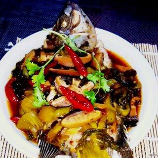 #我是吃货我自豪#我自创的香辣豆豉冬菇酸菜鱼,就是这么好吃😘😍