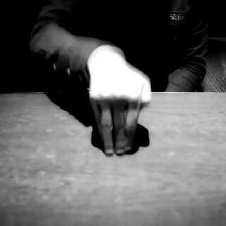 EXO《月光》一个exo男饭用手指跳手指舞~赞~#exo月光##exo##exo男饭#