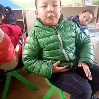 小童鞋教你怎么吹泡泡糖。吊炸天,不看绝对后悔😂#随手拍#