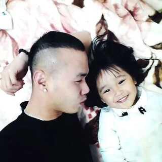 #宝宝#爸爸在你心目中是不是#最帅老爸#😁