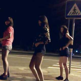 #越南爆红舞曲#终于有伴啦。😂😂😂