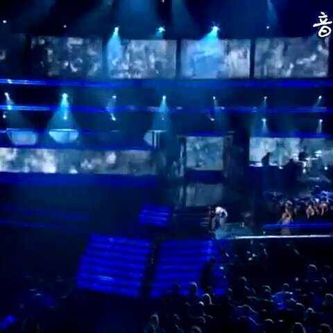 em 第52届格莱美现场??阿姆和lil w 音乐视频 欧美音乐live的美拍