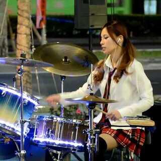#美拍才女集中营##音樂##爵士鼓#陳曼青 - 練舞功 drum cover #我要上熱門#
