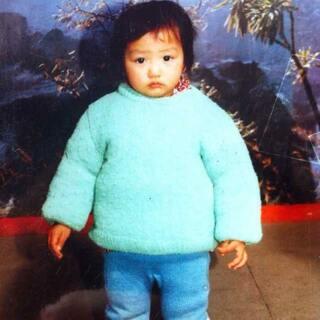 #小时候我长这样#看看像我吗?😜😜😜