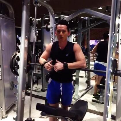 #iFItStar星健身#上胸肌訓練😁😁😁