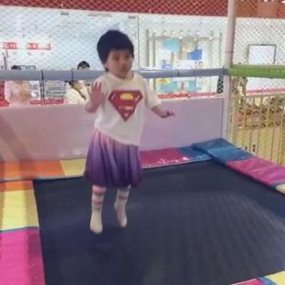 一个超人,一个蝙蝠侠#小小美好##这一刻曾留下小小美好#