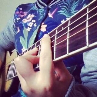 #你曾是少年##S.H.E##吉他#过渡+主歌🎼想看遍全世界,去最遥远的远方,感觉有双翅膀,能飞越高山和海洋。