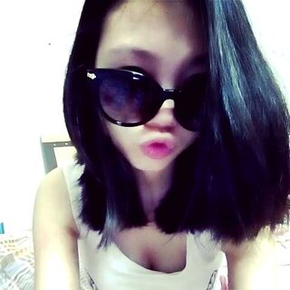 无心录的,不喜勿喷。😜😜#眉毛戴眼镜##逗比##自拍#