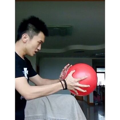 一个活着的气球🎈
