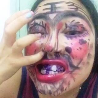 #变美大赛#丑哭丑哭,,眼线笔涂牙没把自己毒死!求赞