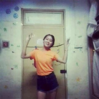 #一起嗨跳啦啦歌##我疯了别管我#😉😉