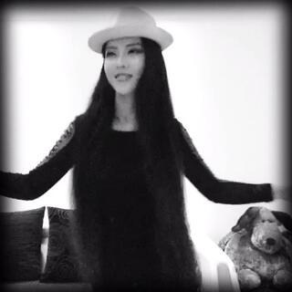 U乐国际娱乐挺搭的😎😜#一起嗨跳啦啦歌##八字扭腰瘦身法#「微信fanxiaojin2015」