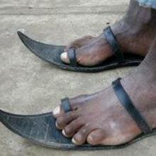 #拖鞋pk赛#皮的