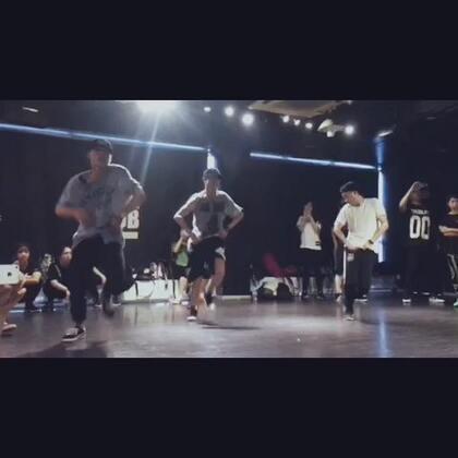 15-09-15 17:16转发的美拍视频