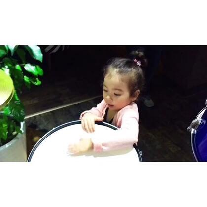 #宝贝##混血宝宝##最萌双胞胎##听美丽的Alyssa唱歌🌚🌚🌚🌚