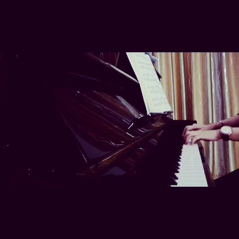 60秒钢琴曲# 童话图片