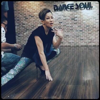 #雙廚星任務#怎麼變成在上舞蹈課 哈哈☺