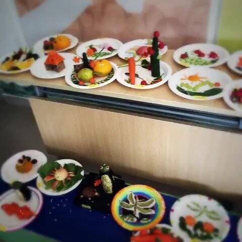 今天幼儿园蔬果动物拼盘大聚会