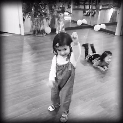 宝宝#萌宝宝#跳舞的快乐