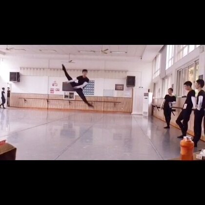 #舞蹈#2015考核个人技巧展示,录的有点死角..见笑了😊