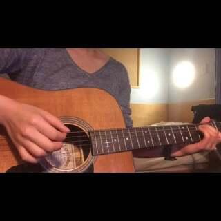 歌名:#二十二# 原唱:#陶喆# 吉他谱近期会分享到新浪微博(@小博文ALLIN )上 #吉他##弹唱##音乐##guitar#