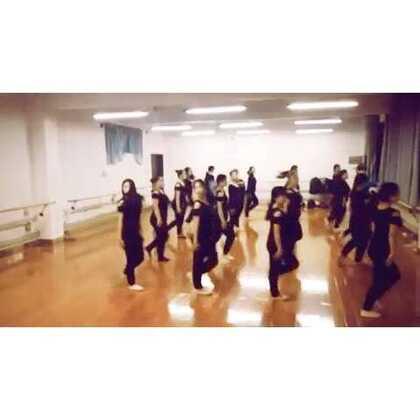 #每日一舞#加油吧,小伙伴们 健排舞终于跟上节奏了✌✌