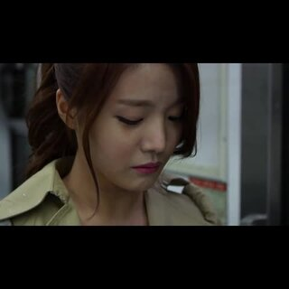 #韩国情侣间的那些事#26 韩国情侣在地铁吵架,一不小心的争吵造成了永远的分手。恋爱时,对于女生,请不要随便把分手说出口;对于男生,请相信和你恋爱的她,多忍忍,她嘴上说的其实不是她心里想的,她就是要和你吵吵,请多包容不要太认真!#韩国情侣#记得关我哦,以后想看找不到怎么办?😝