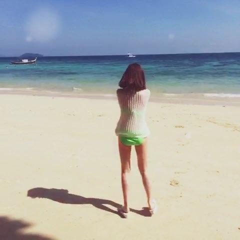 飞奔向海的少女