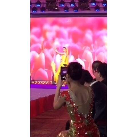 最火的舞蹈视频_表情 2019最火舞蹈 SOLO 舞蹈视频简单易学流行舞 腾讯视