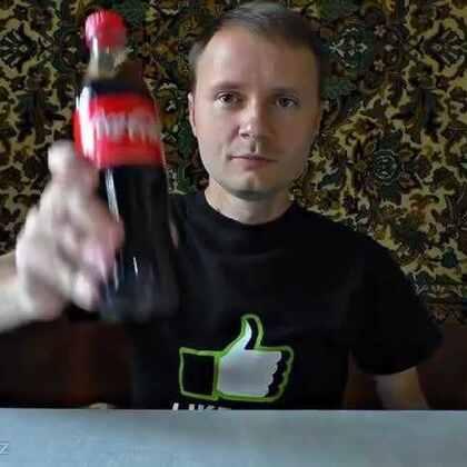 #乌克兰小伙教你用可乐做火箭!#超有创意也超级酷!看起来也好简单的样子!
