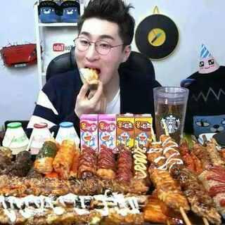 #蒙眼画美拍##卸妆拼素颜##一起来讲黄段子##蒙眼食物挑战##奥斯卡影帝小李子##芥末挑战##5分钟美拍##韩国吃播##大胃王#(忽视话题)😊