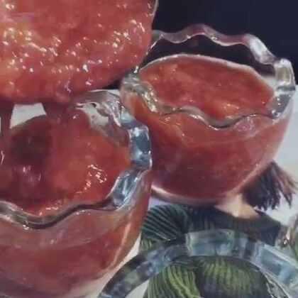 自制草莓🍓酱!纯天然🎉🎉很美味#美食##5分钟美拍##草莓##自制草莓酱##宝贝辅食##美食甜品##甜品##自制果酱##宝宝辅食##自制甜品##热门#