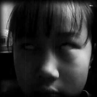 #小学生翻白眼对抗赛#