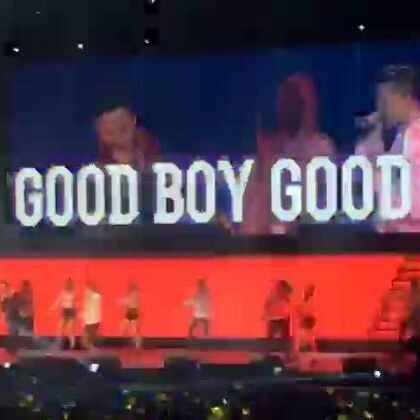 good boy !#bigbang上海##bugbang上海演唱会##5分钟美拍##bigbang太阳##bigbang gdragon##权志龙#@GDRAGON_OFFICIAL #60秒美拍#