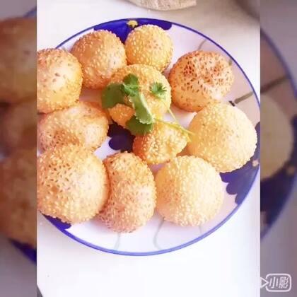 #甜品##家庭自制美食#@美拍小助手 在家自己制作糯米空心糍粑超级好吃#今天吃什么#