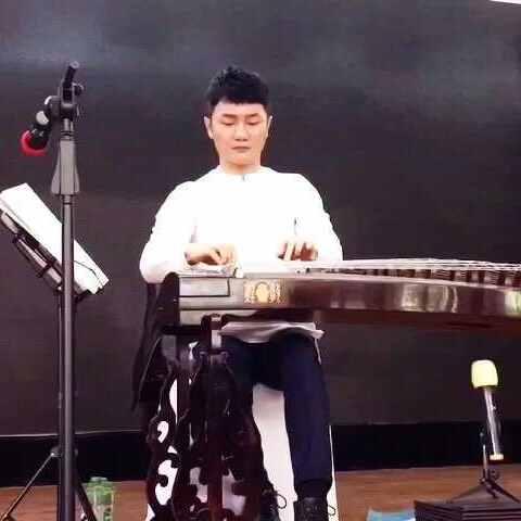 青城山下白素贞 刘乐老师上午送给我们的小礼物