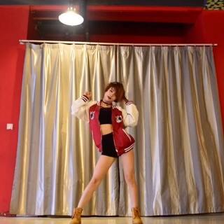 #舞蹈##韩国舞蹈#歌曲名👉#4minute-hate# 😅好久不见、最近真的忙😂😢😭好不容易找出时间拍的,私信我的小伙伴们感谢你的挂念😚😚我也想你们了,爱你们哈😜