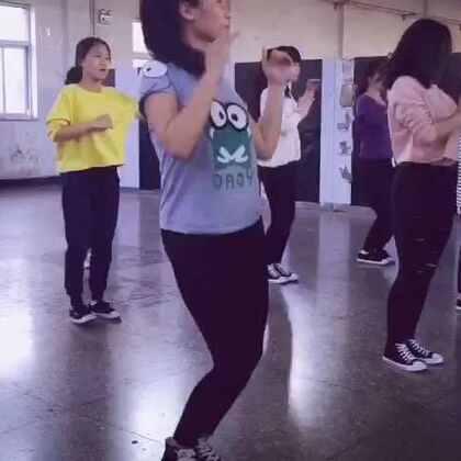 #舞蹈##韩国舞蹈##stellar-sting(刺痛)#跳舞开心就好!!!继续加油!❤❤❤💁💁@小白?, @杨小思斯 @芒果流行舞蹈Jason
