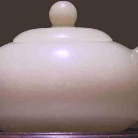 【超级工厂美拍】中国玉雕的过程,这个人简直简直...