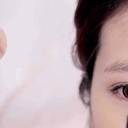 玫瑰花眼妆搭配粉嫩唇妆,好感度十足!😍😍#美妆时尚##玫瑰花##粉嫩##时尚##女神#