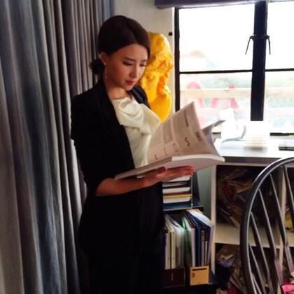 #果儿柠檬初上##孙妮日记# 今天带你参观一下孙副总的办公室(上集)…她的日常是酱紫滴…😋